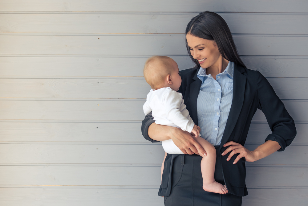 主婦や子持ちのママも活躍できる、アパレルのアルバイト・パートの働き方!採用されるポイントとは?