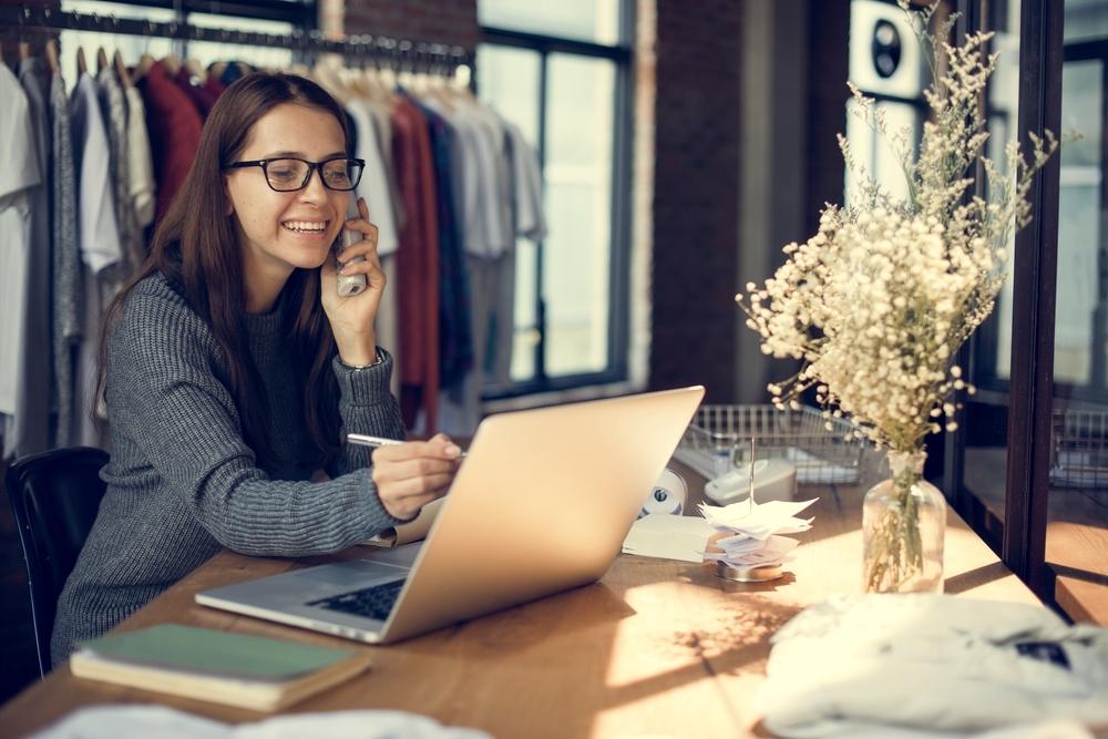 アパレル店員として将来性に不安を感じたら…ずっと働けるお仕事選びのヒント